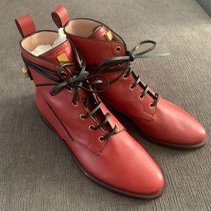New & Never Worn Stuart Weitzman Ryder Boots